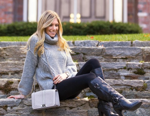 comfy fall sweater outfit