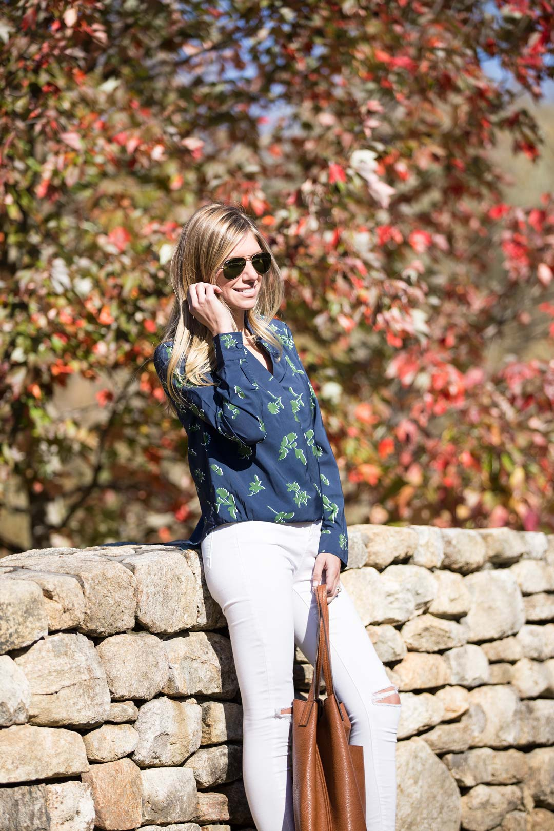 casual fall long-sleeved outfit