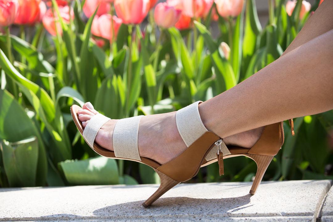 matt bernson zinnia sandals