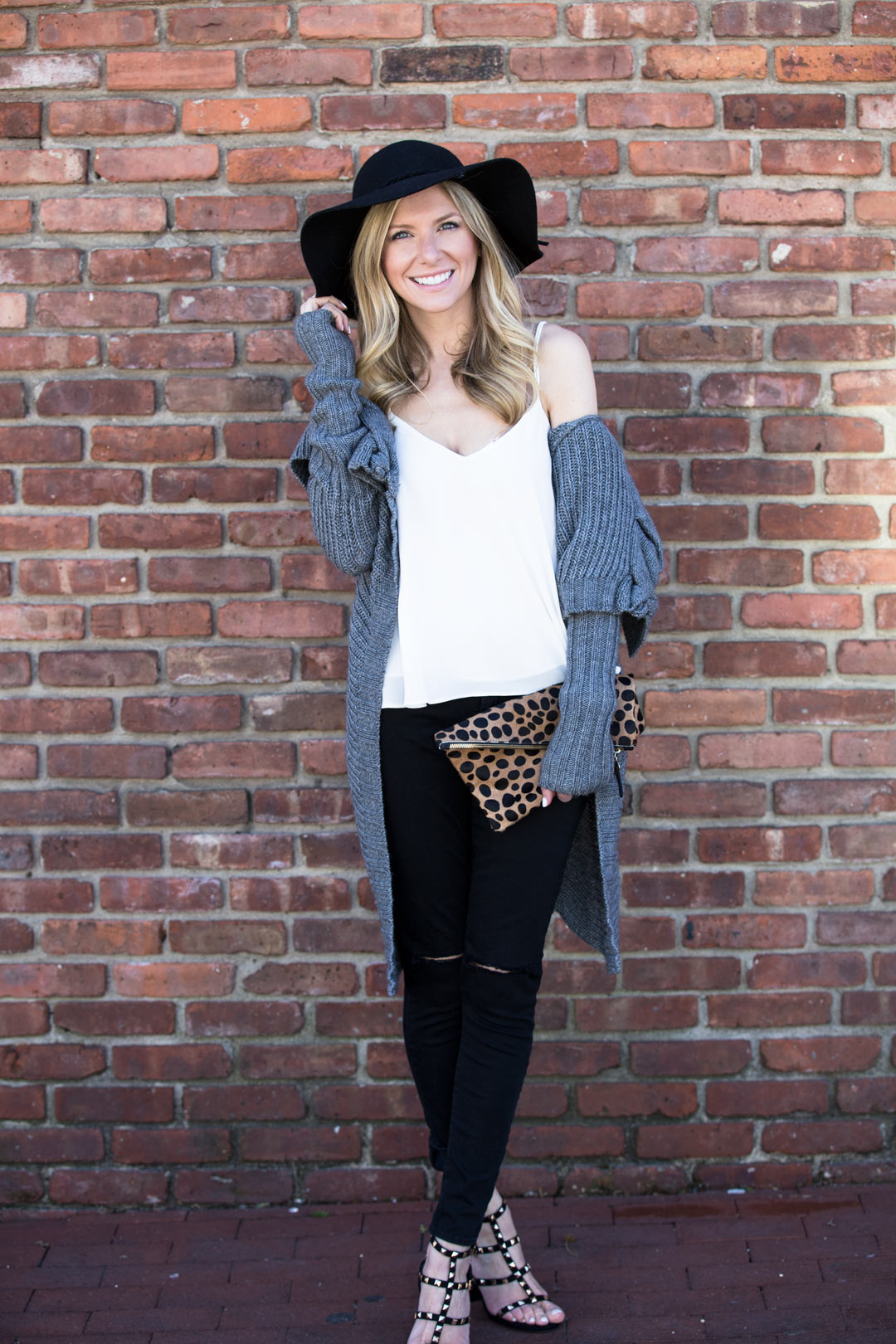 perfect saturday brunch outfit
