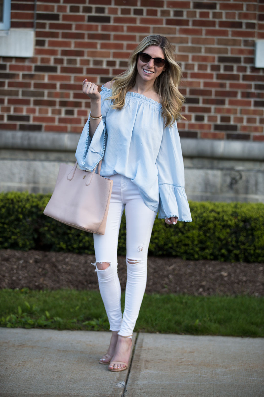 perfect causl spring neutral outfit