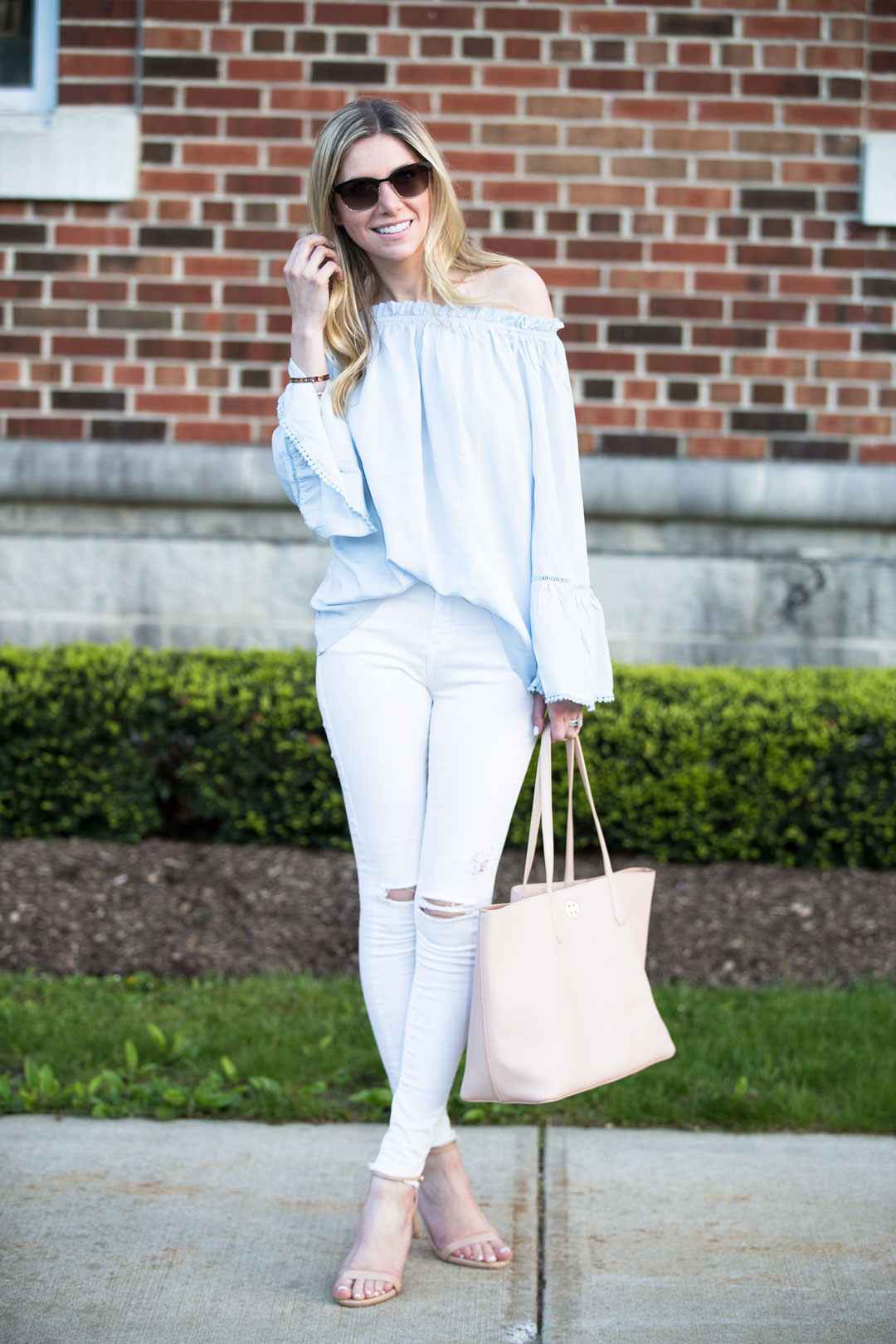 casual spring outfit look, perfect for night out