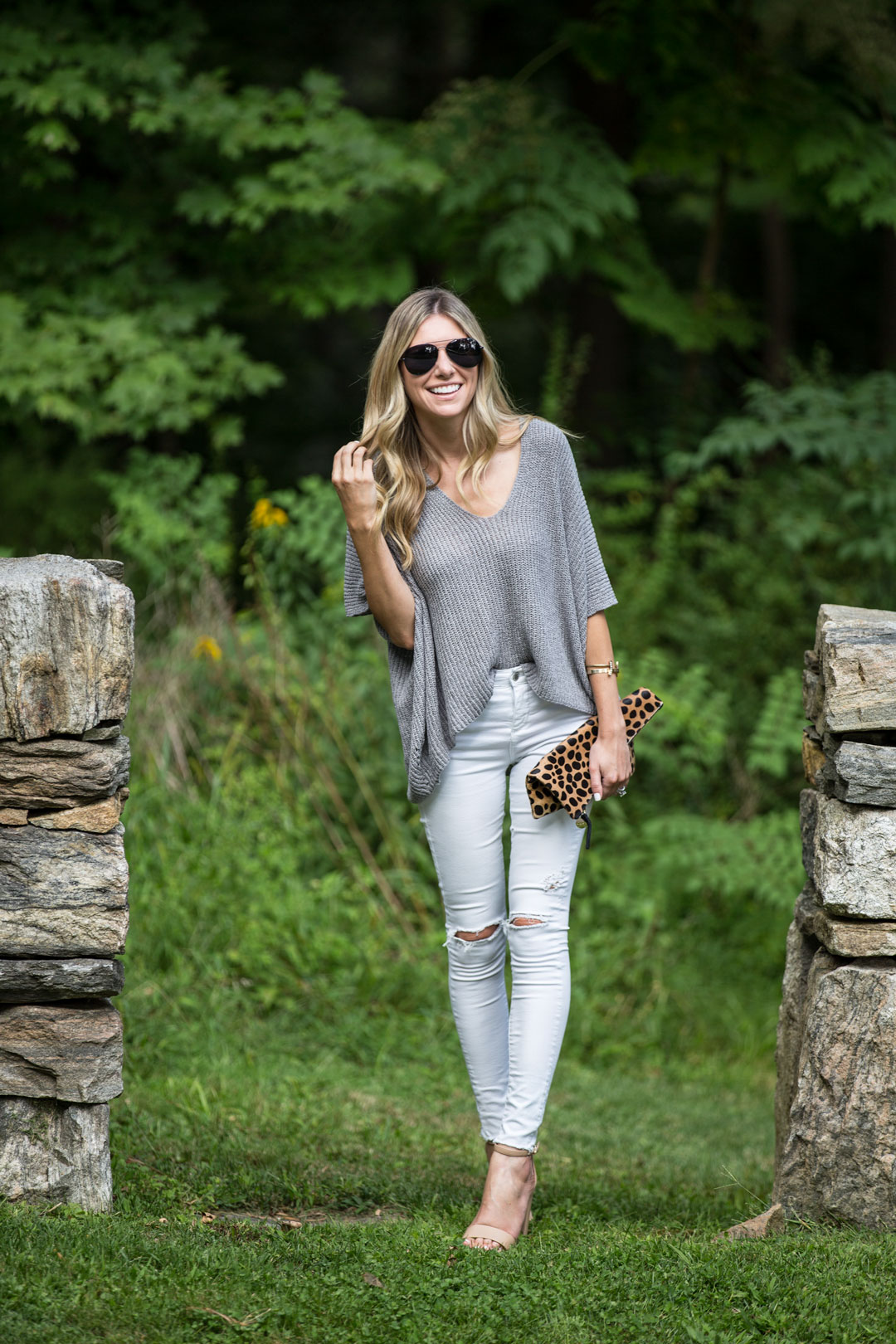 the distressed white jeans that you need in your closet