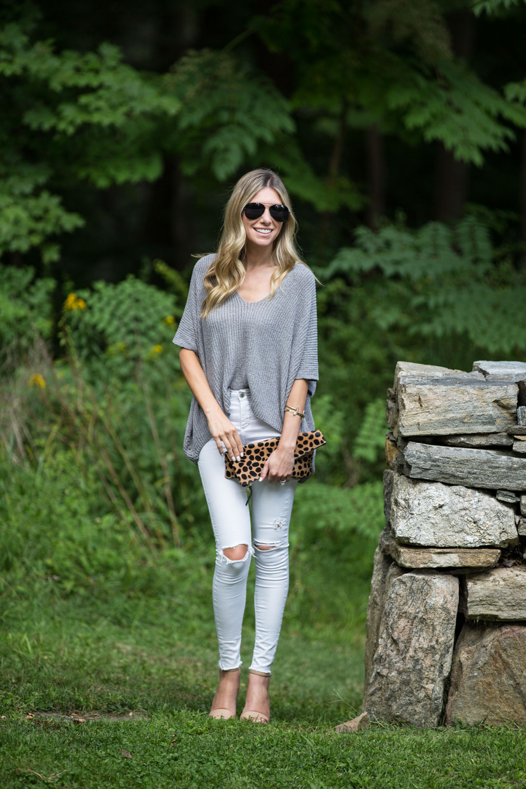 casual and comfortable summer day outfit