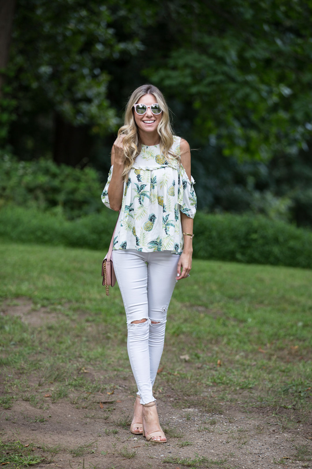 casual summer outfit that can be dressed up