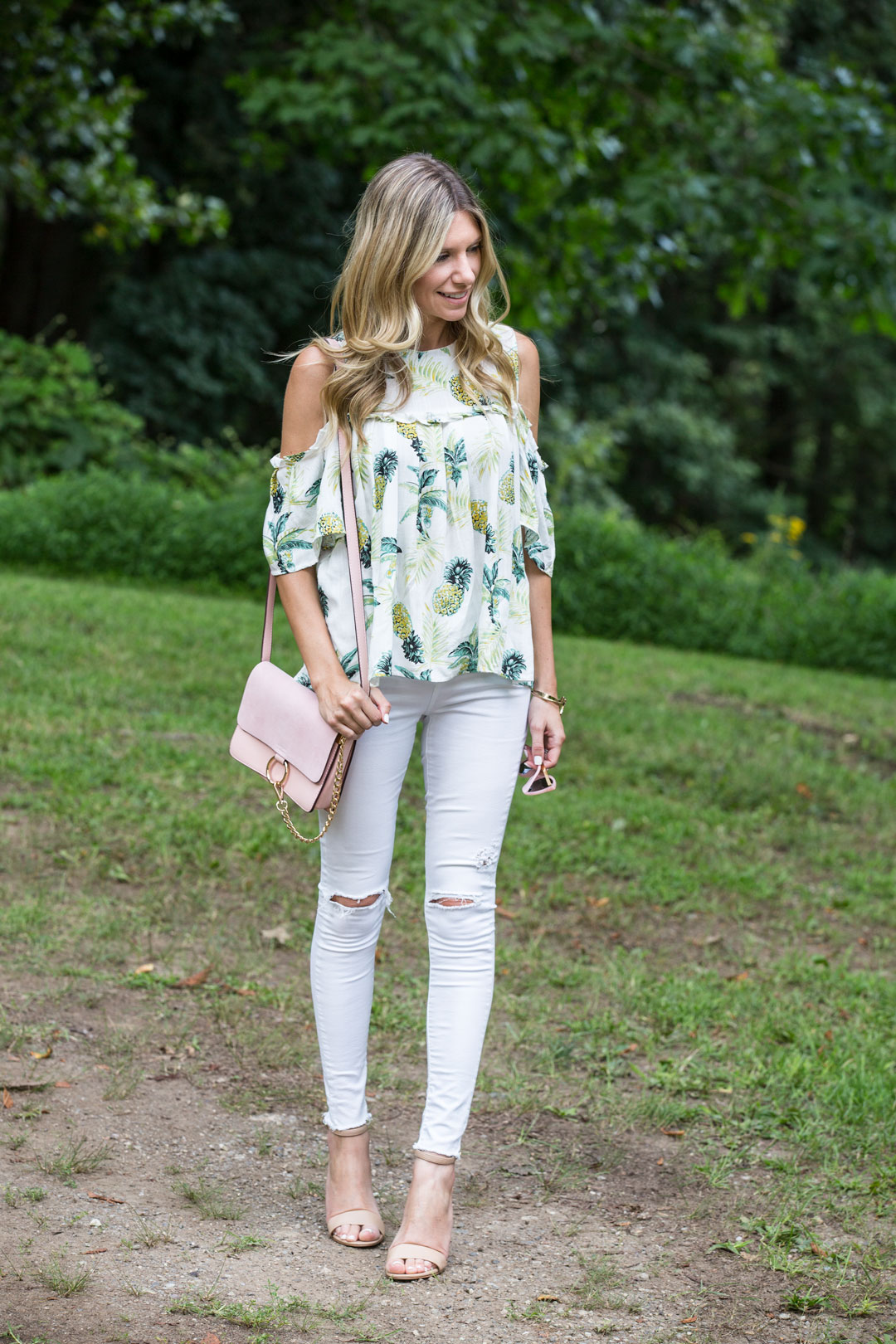light and bright outfit, perfect for summer