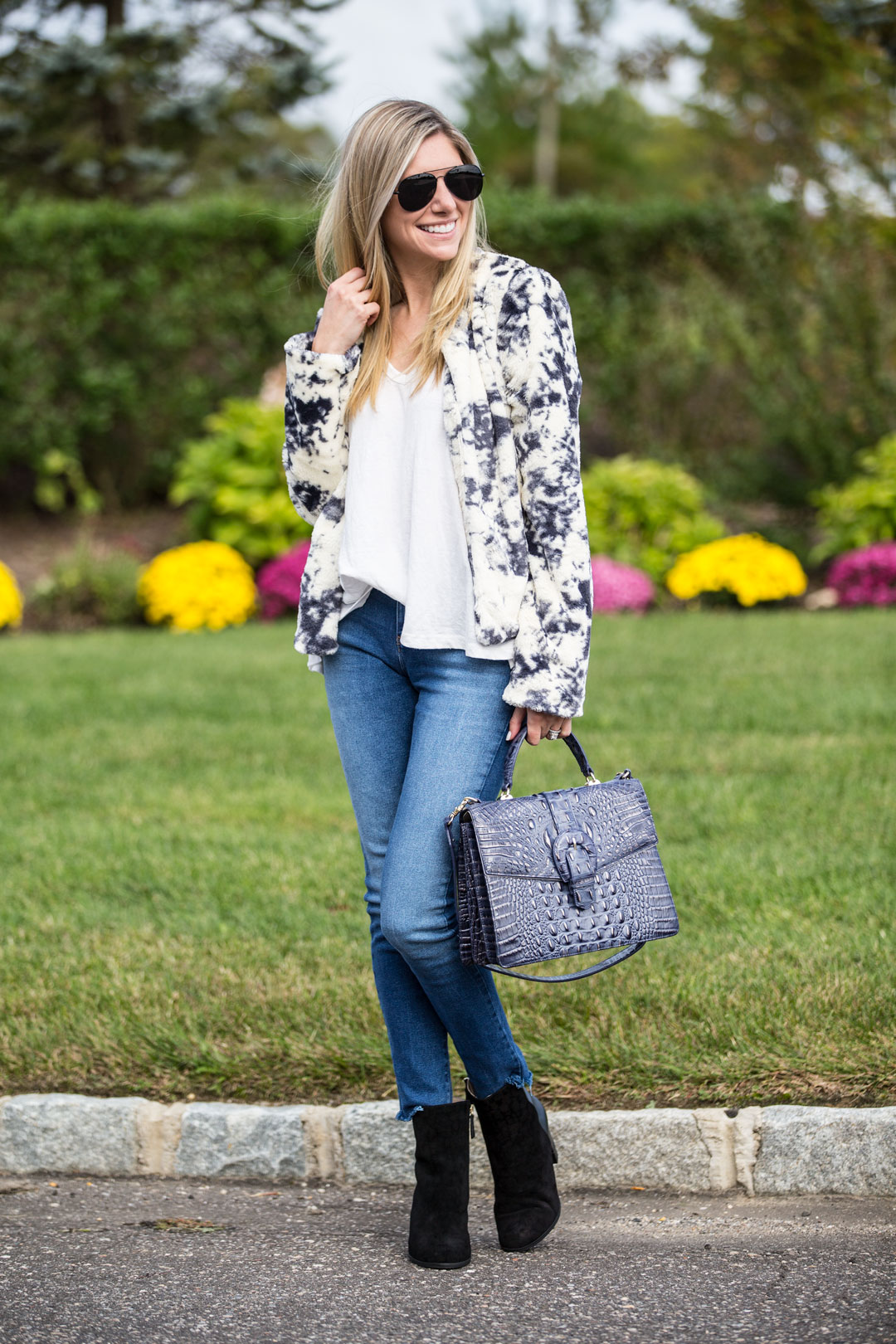 the perfect fall outfit for brunch