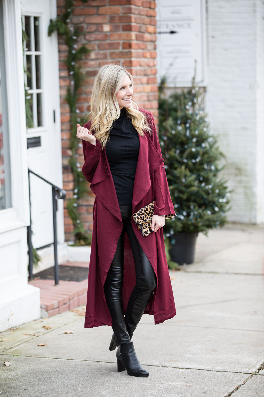 warm and chic holiday and winter outfit