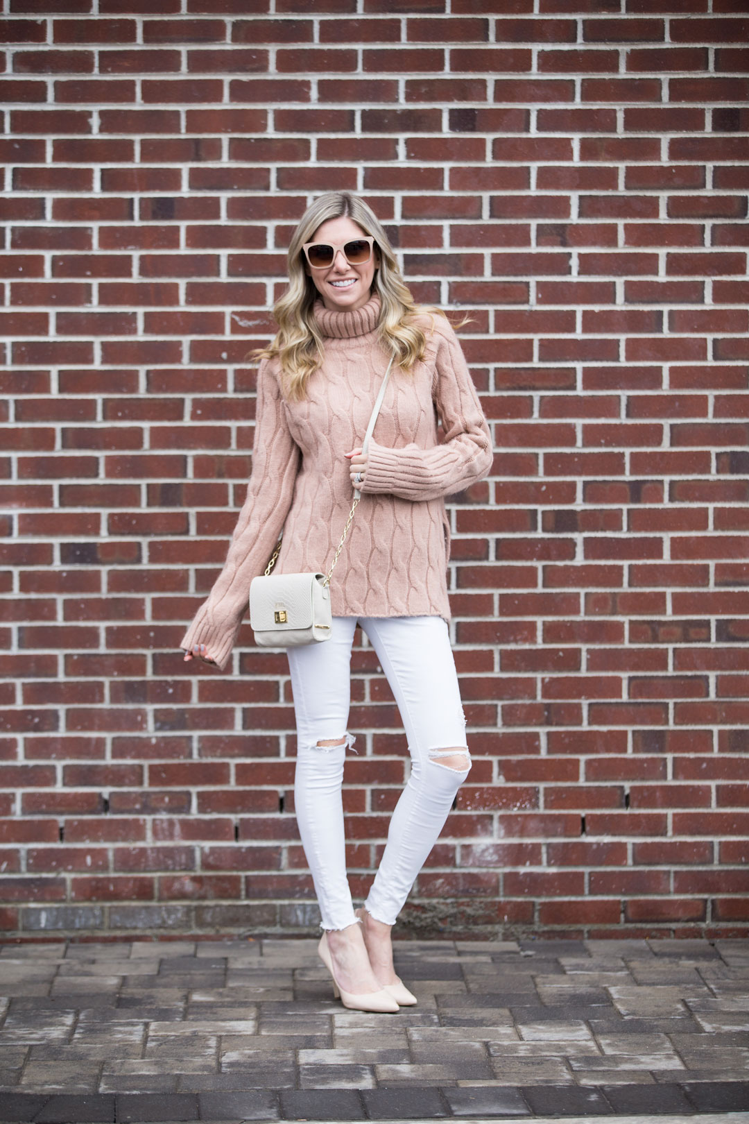 cozy and casual winter white look perfect for a meeting or lunch with friends