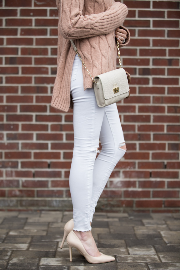 pointed toe nude pumps and topshop ripped jeans with nude crossbody bag The Glamorous Gal