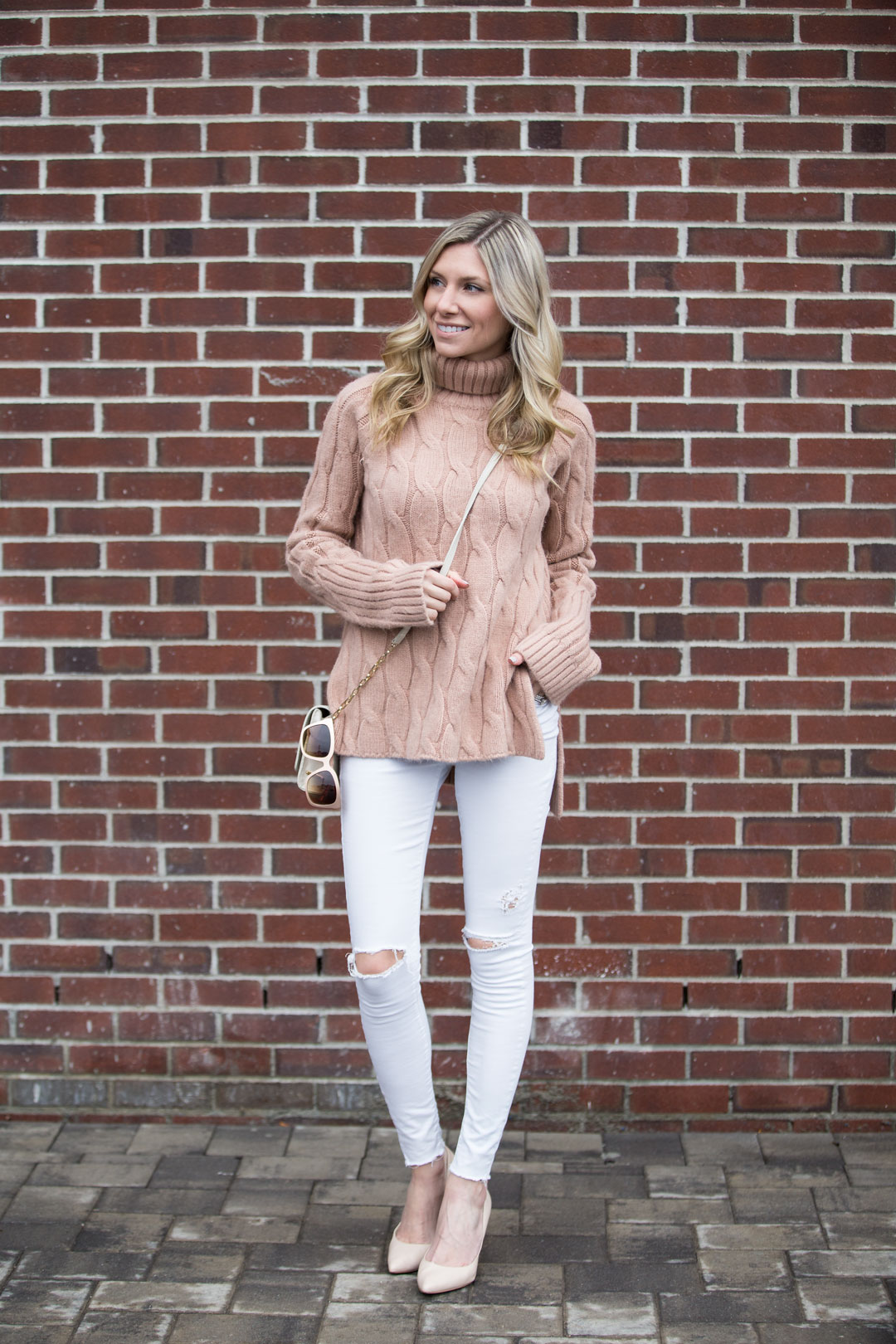 the perfect tunic sweater to wear with ripped jeans or leggings