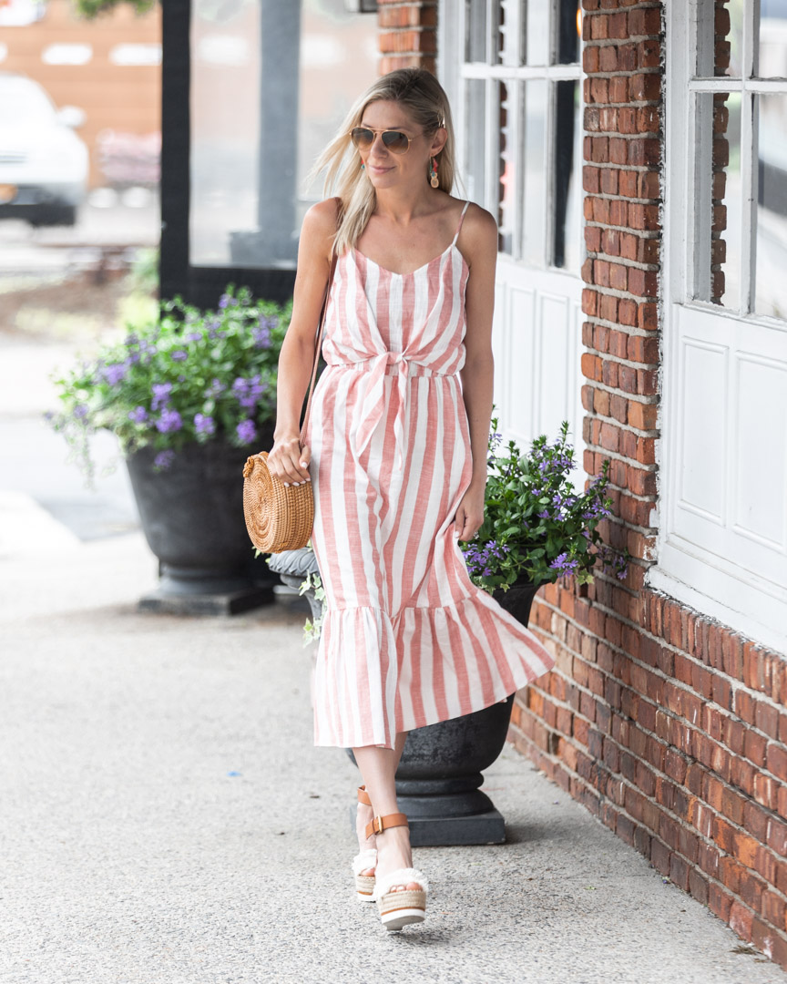 flowy summer sundress The-Glamorous-Gal