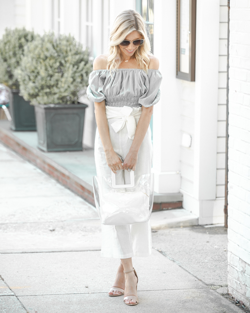 casual neutral outfit for summer