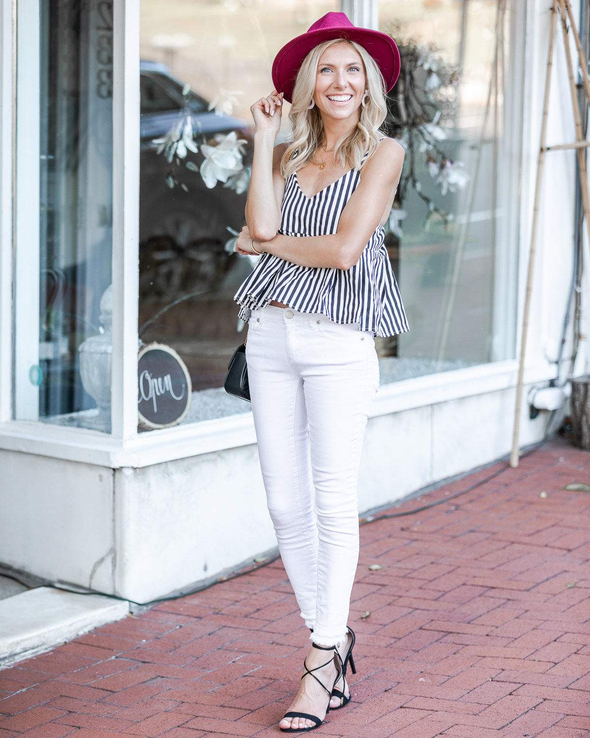 casual tank top and jeans for fall The Glamorous Gal