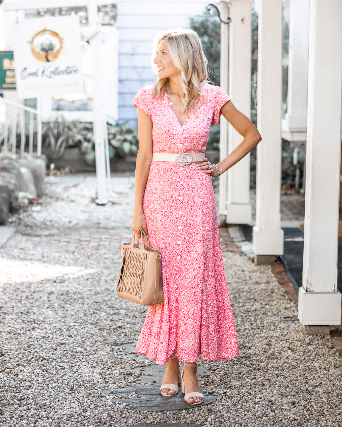 the perfect fall maxi dress from red dress boutique The Glamorous Gal