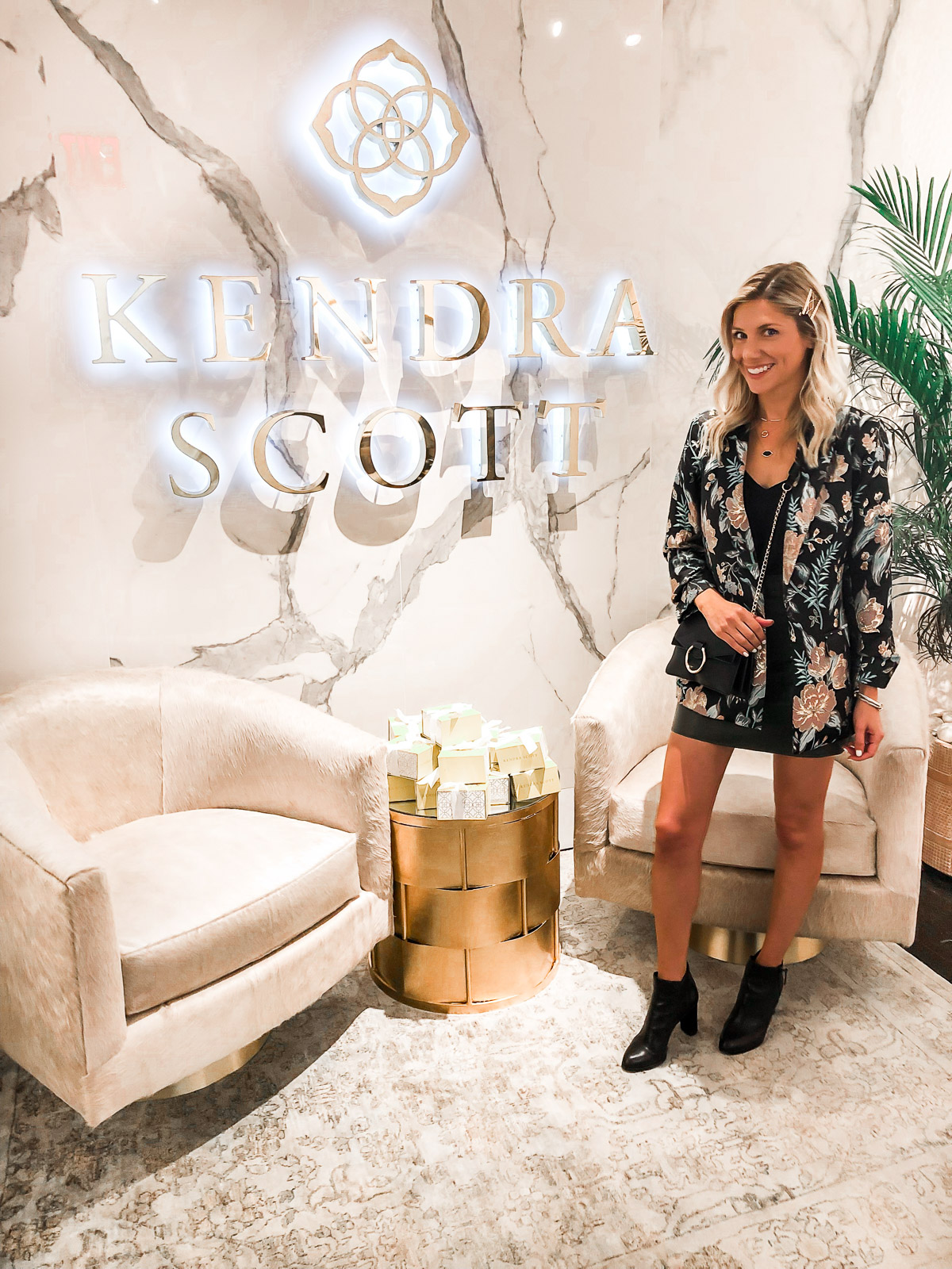 Kendra scott showroom