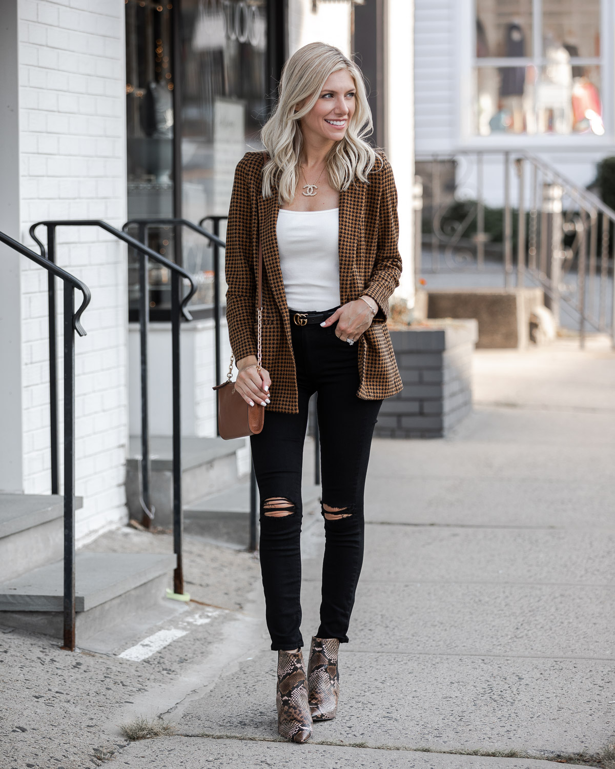 black and brown for fall The Glamorous Gal