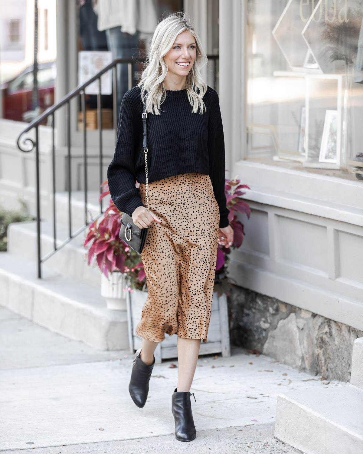 cropped black sweater for fall The Glamorous Gal