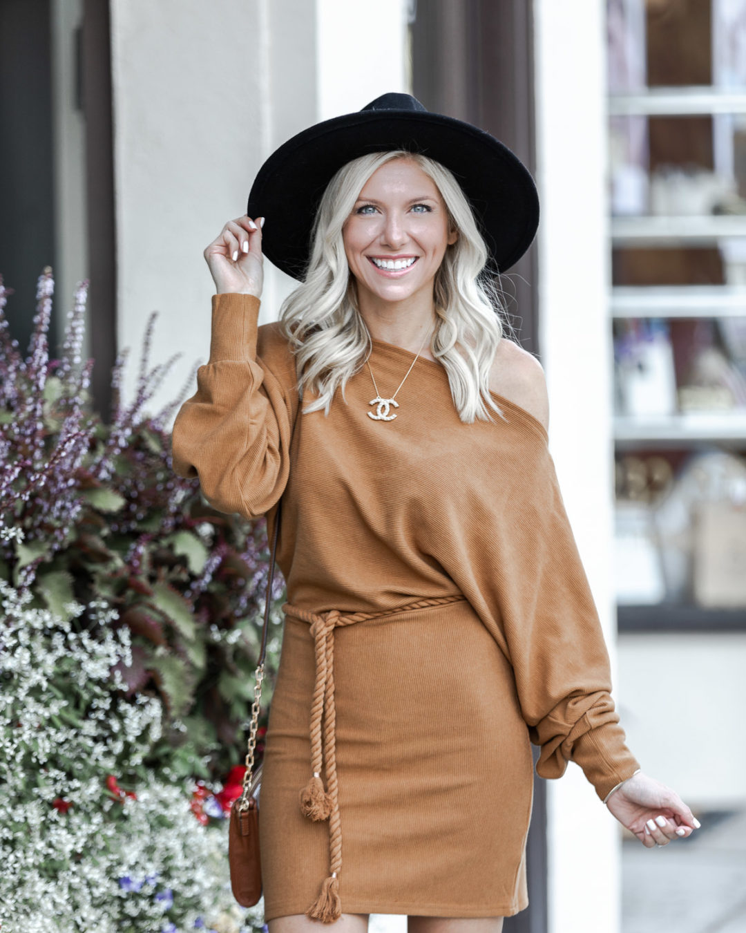 slouchy fall sweater dress - highlight photo - The Glamorous Gal