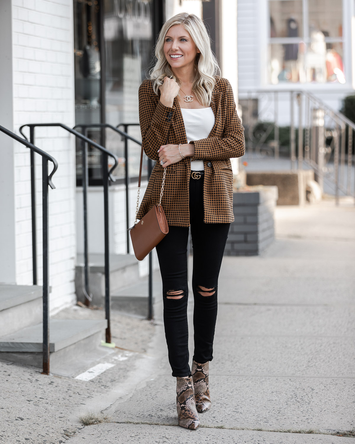 the cutest blazer from old navy The Glamorous Gal