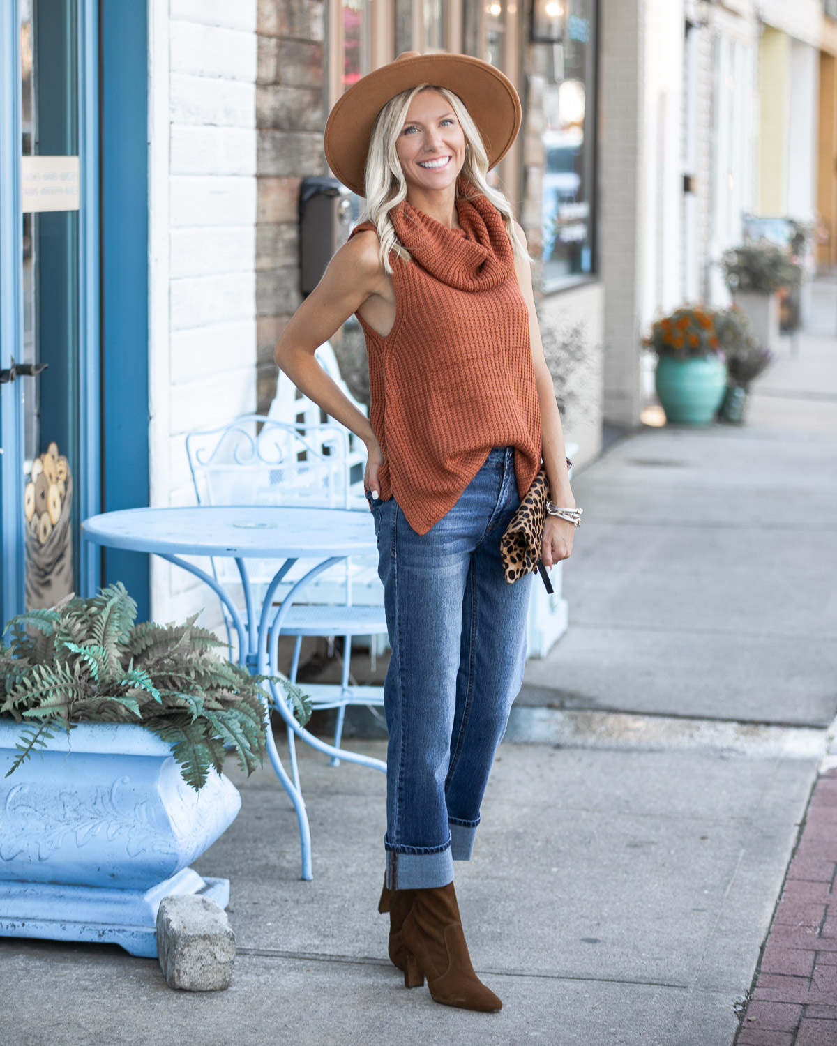 the perfect fall transition sweater tank The Glamorous Gal