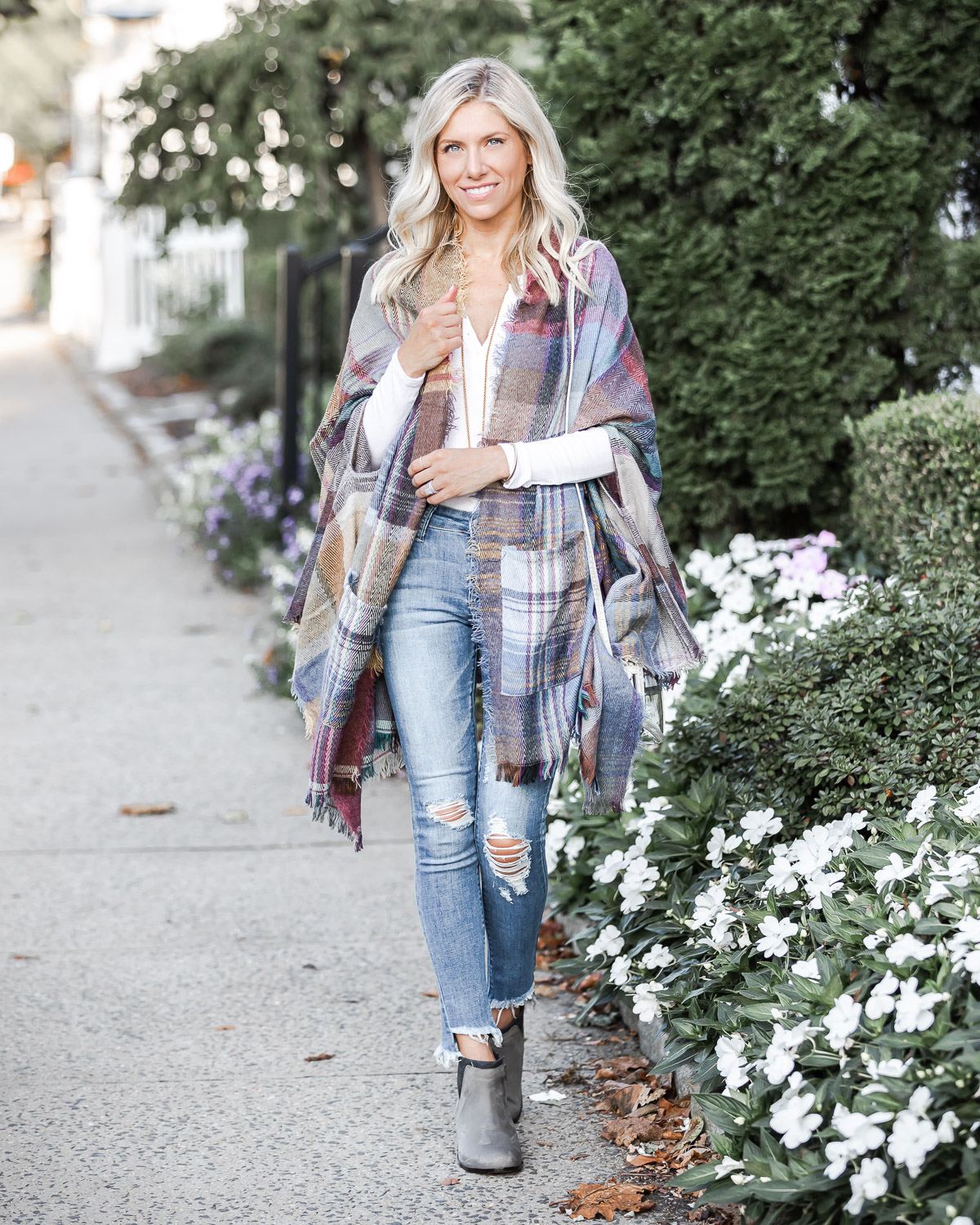 casual fall outfit ideas The Glamorous Gal