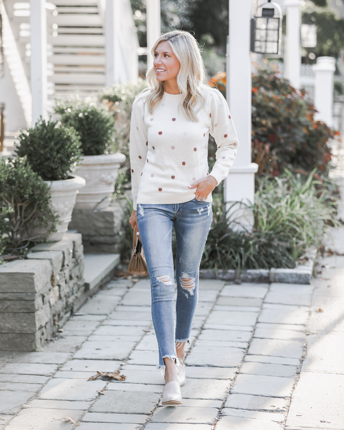casual fall weekend outfit The Glamorous Gal