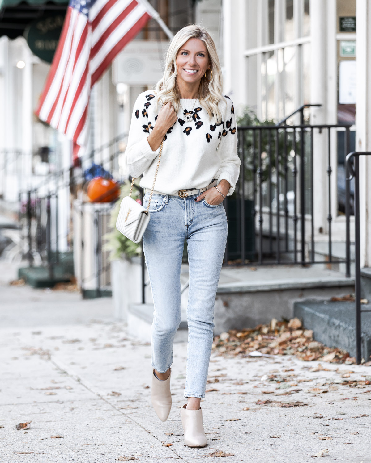 comfortable and trendy fall outfit The Glamorous Gal