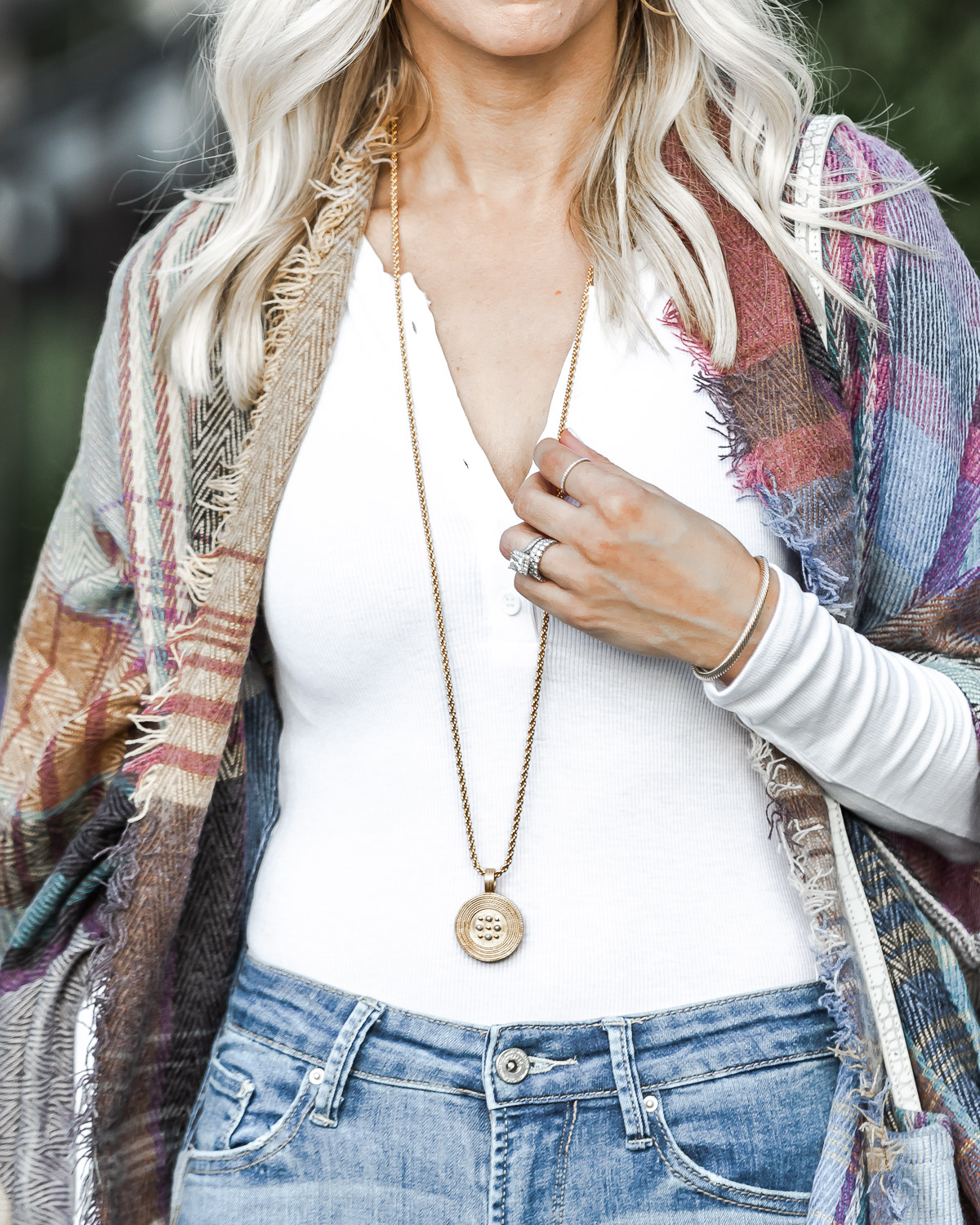 long chain necklace from julie vos The Glamorous Gal