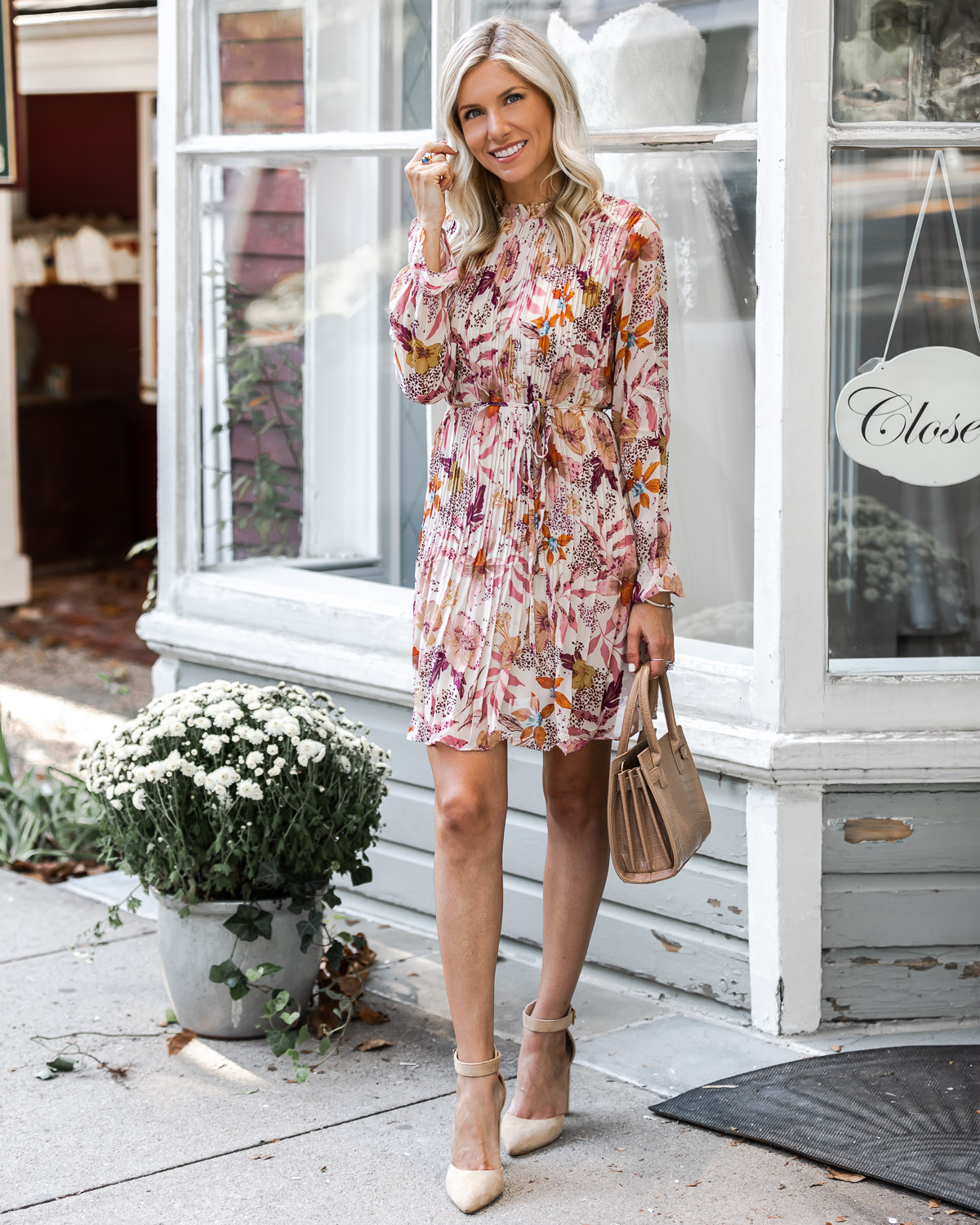the perfect fall dress for work or play The Glamorous Gal