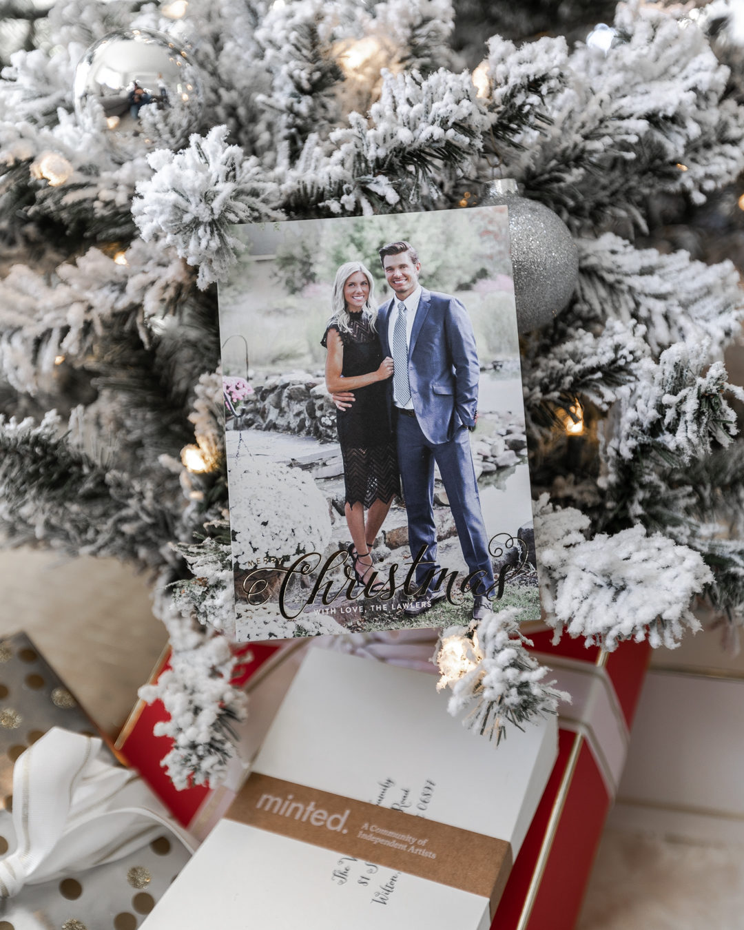 the perfect christmas holiday cards with minted