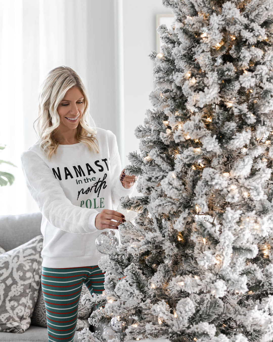 the perfect flocked christmas tree The Glamorous Gal