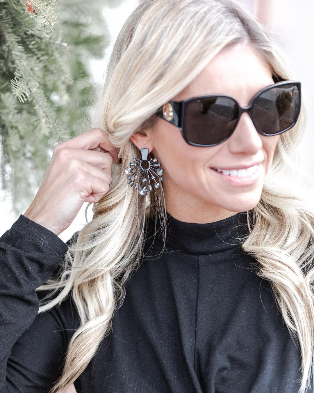 kendra scott holiday earrings The Glamorous Gal
