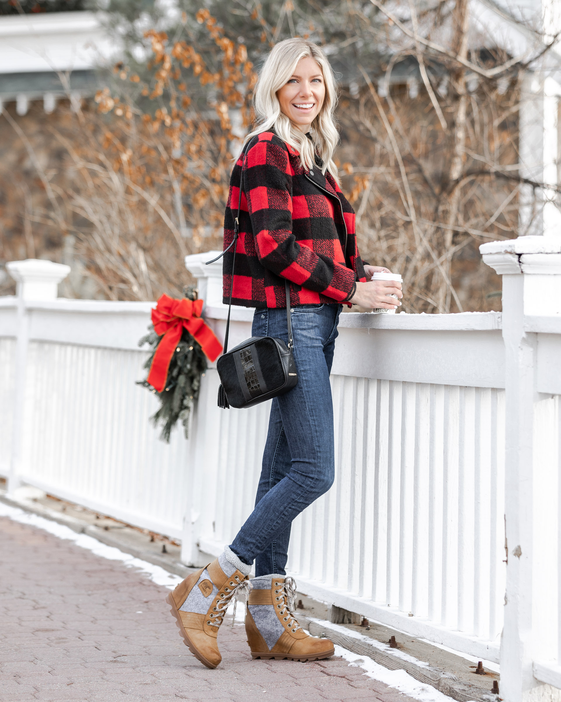sorel-snow-boots-the-glamorous-gal