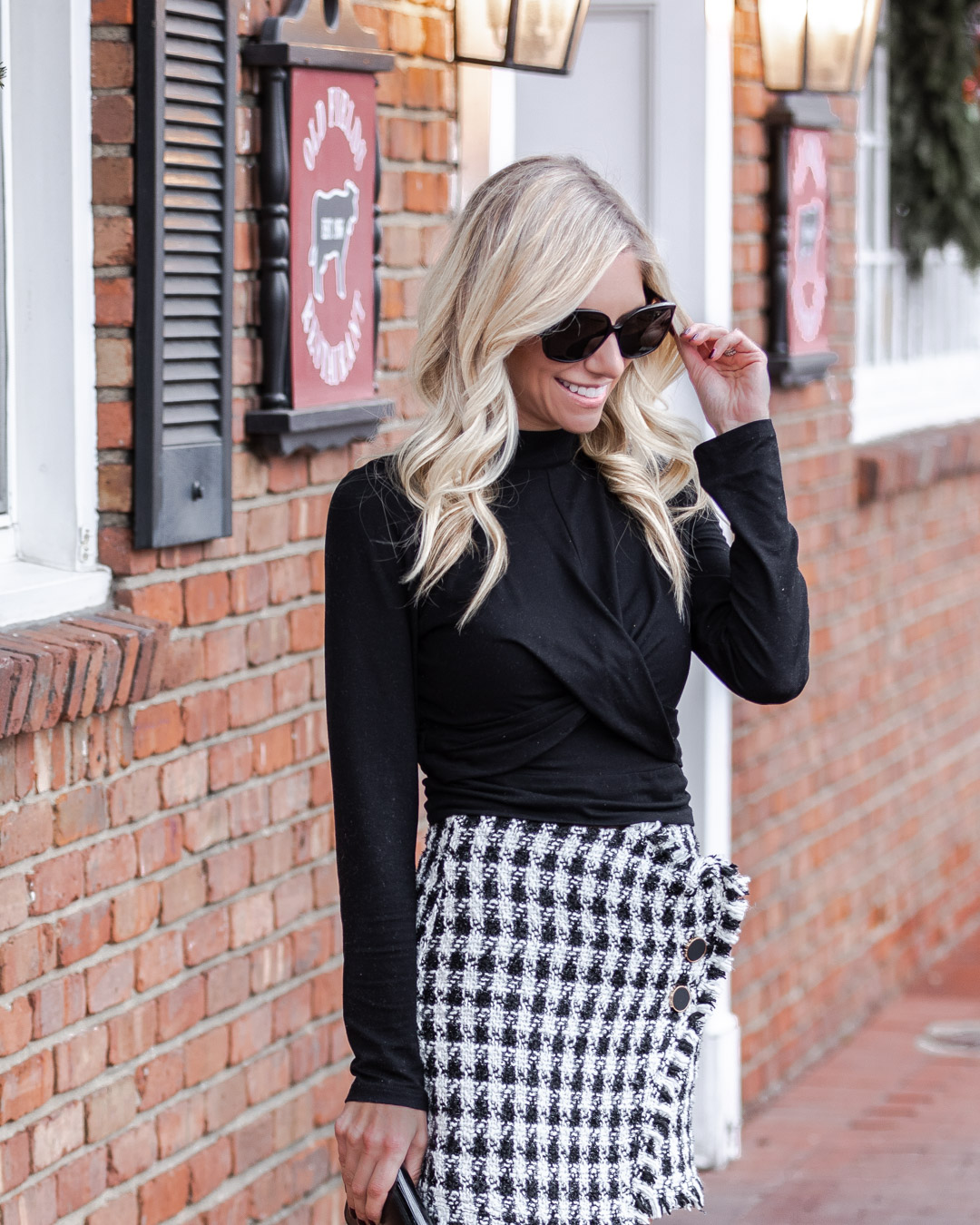 the perfect winter skirt and turtleneck top The Glamorous Gal