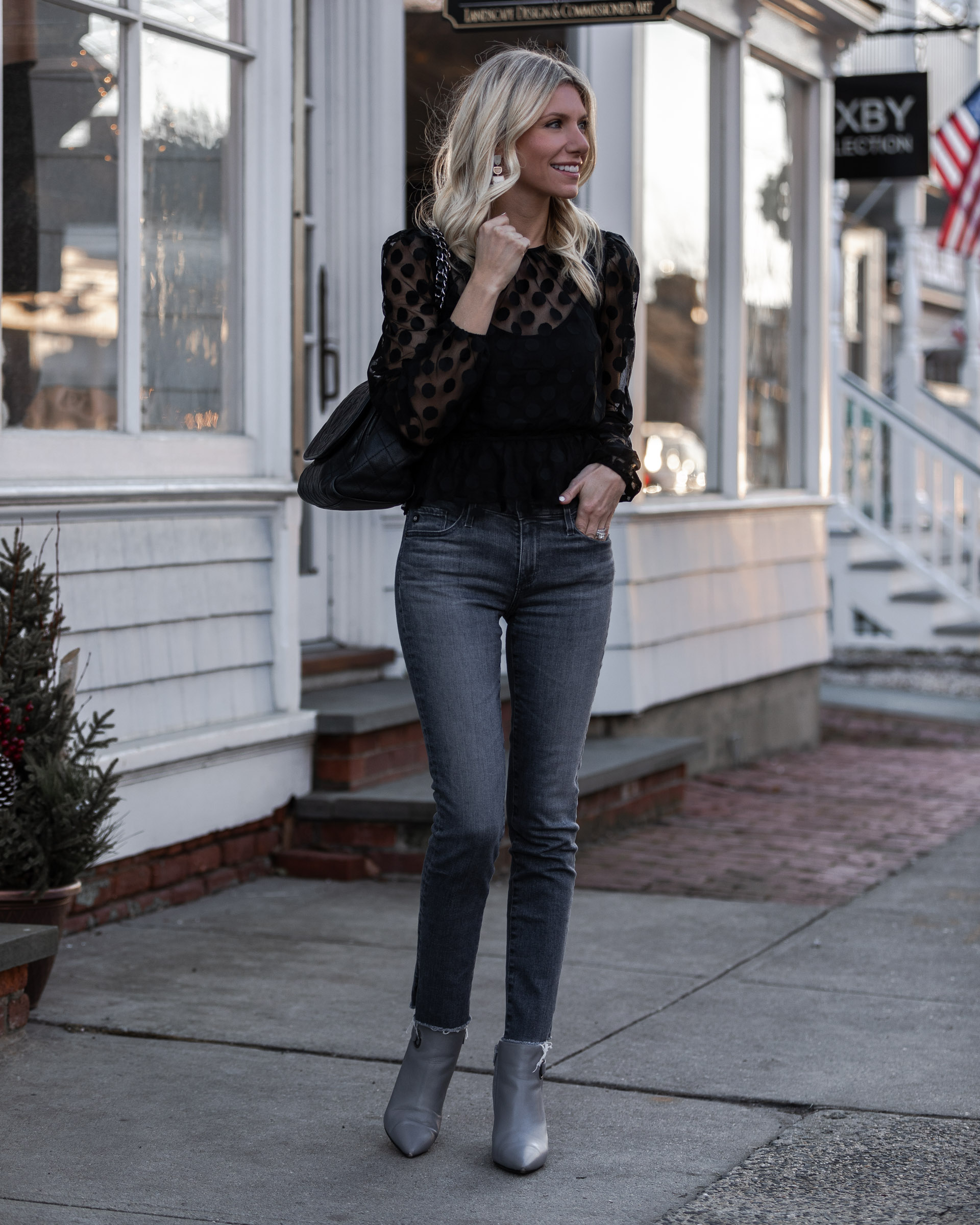 grey-jeans-and-cropped-black-top-glamorous-gal