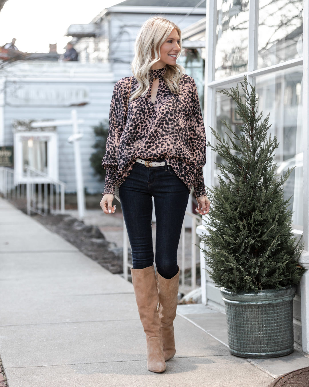 high-neck-blouse-perfect-for-date-night-the-glamorous-gal