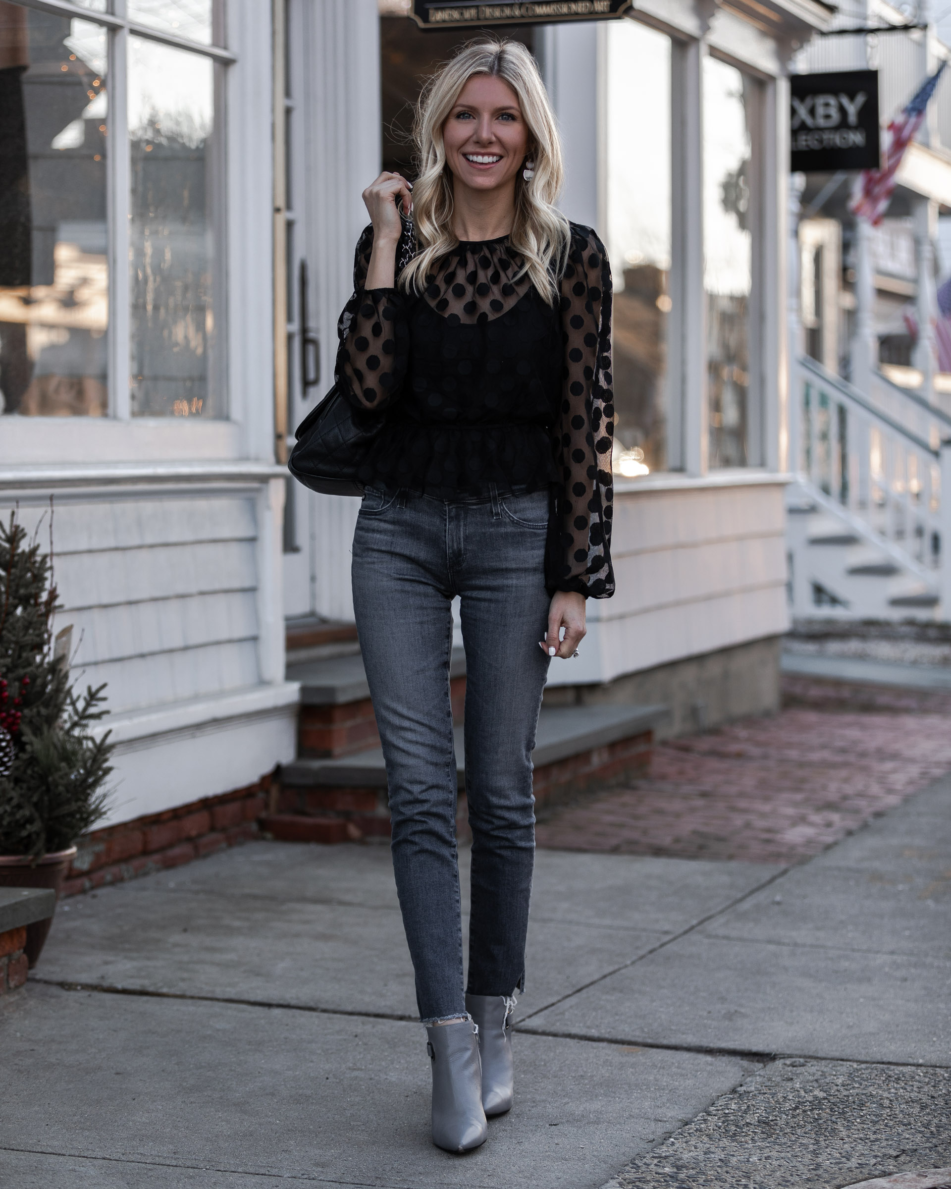 sophisticated-gray-and-black-outfit-the-glamorous-gal