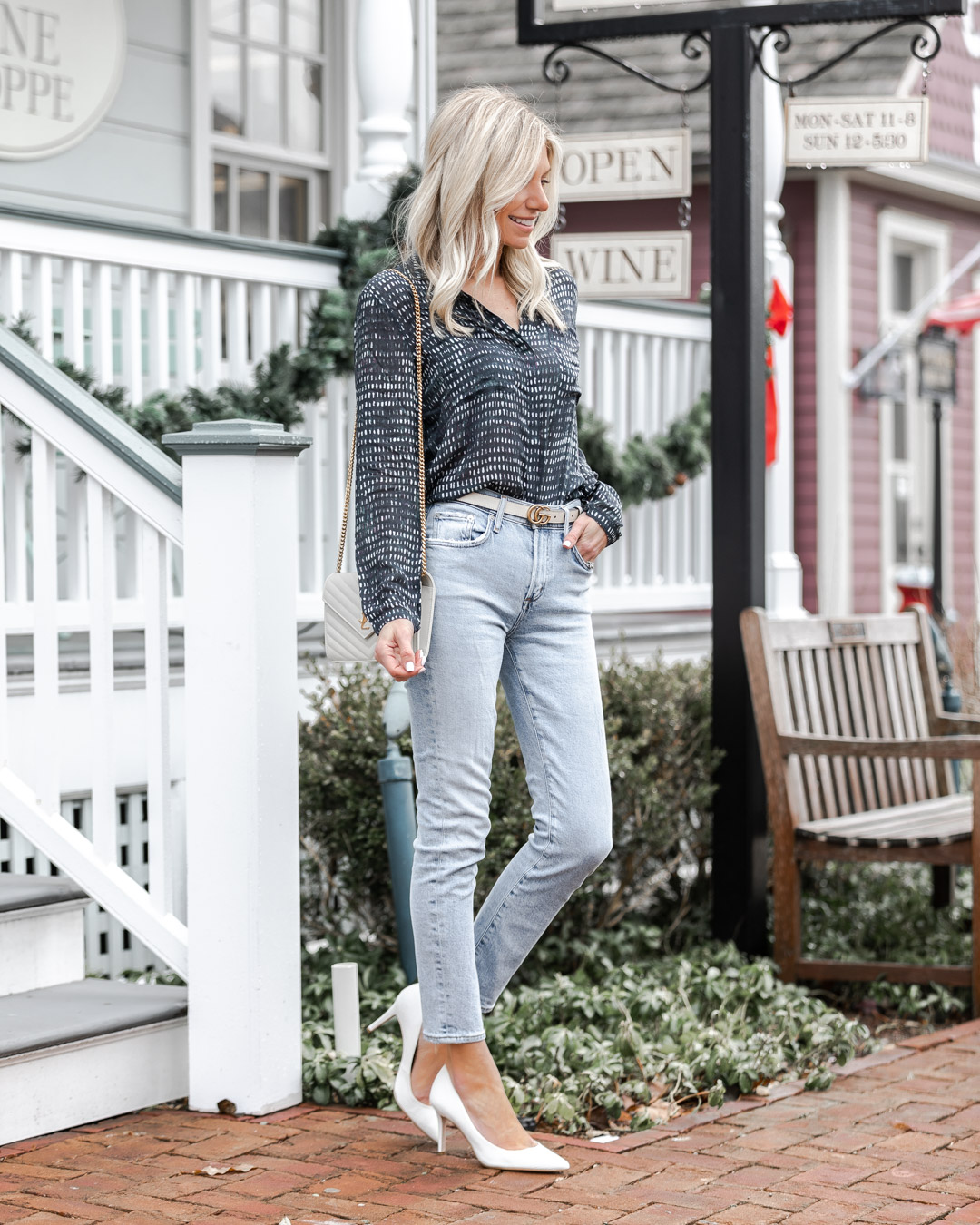 the most comfortable light wash jeans from evereve The Glamorous Gal