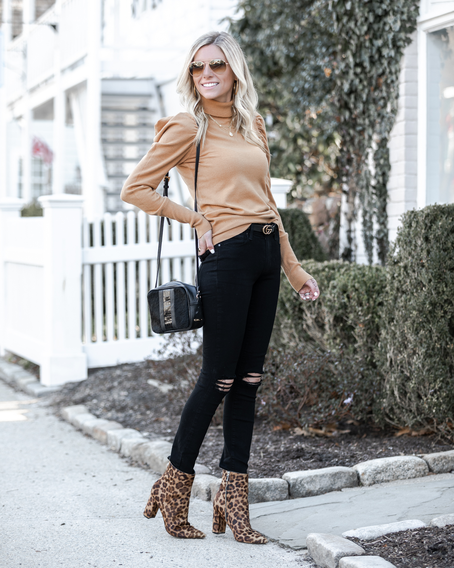 camel-turtleneck-and-black-ripped-jeans-the-glamorous-gal