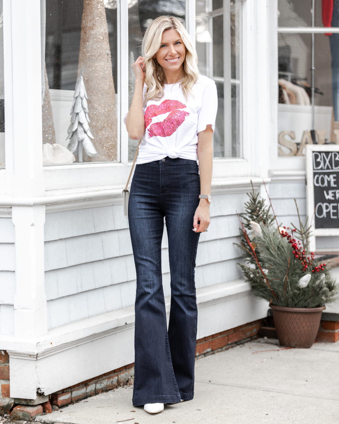 casual-valentines-day-vibes-from-shop-the-mint-the-glamorous-gal
