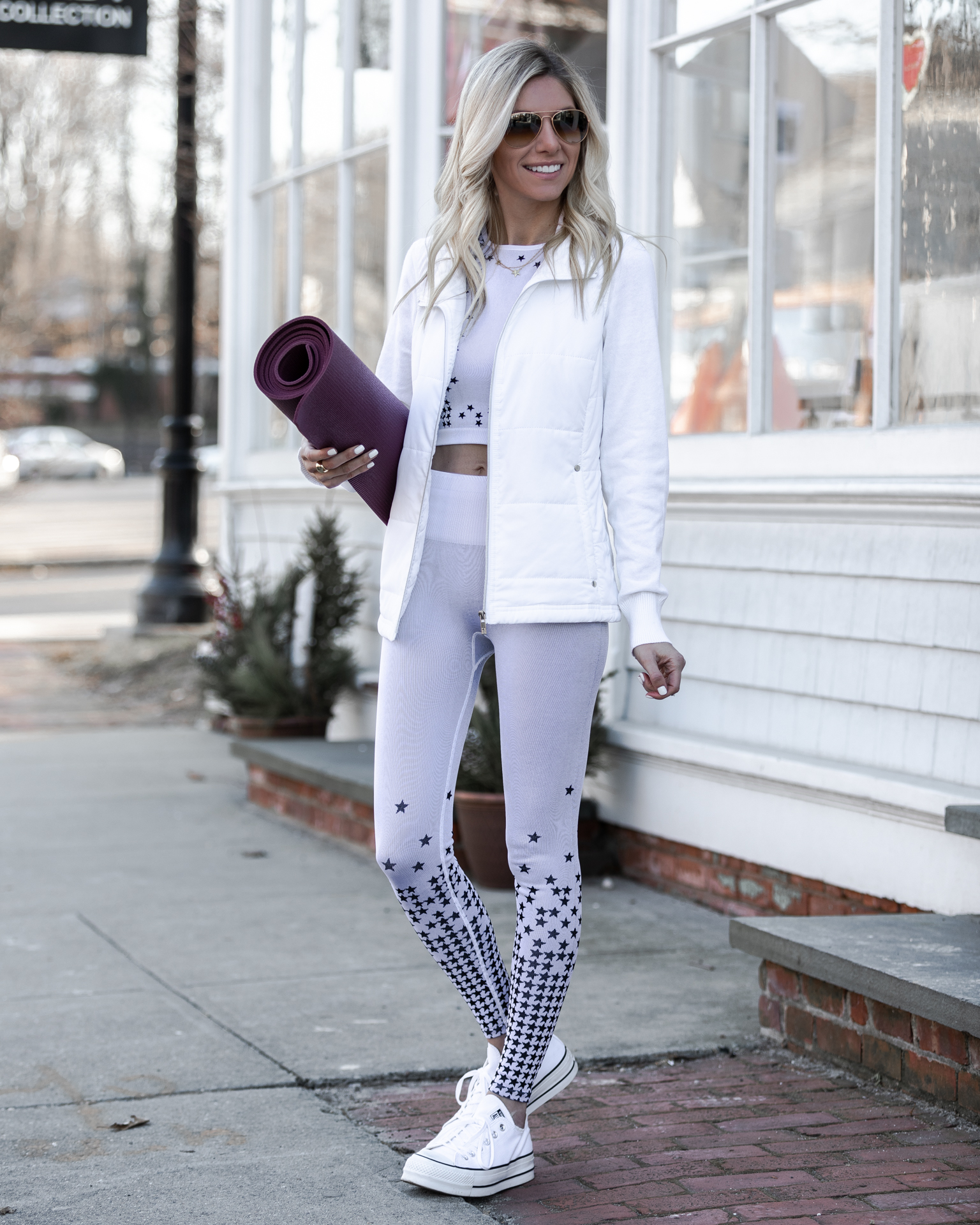 cropped-fabletics-top-and-leggingsthe-glamorous-gal