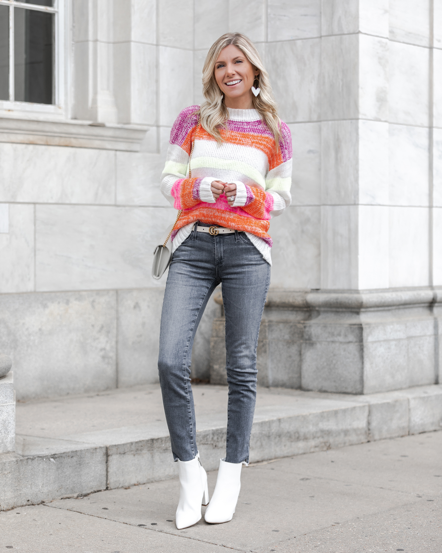 multi-color-sweater-evereve-the-glamorous-gal