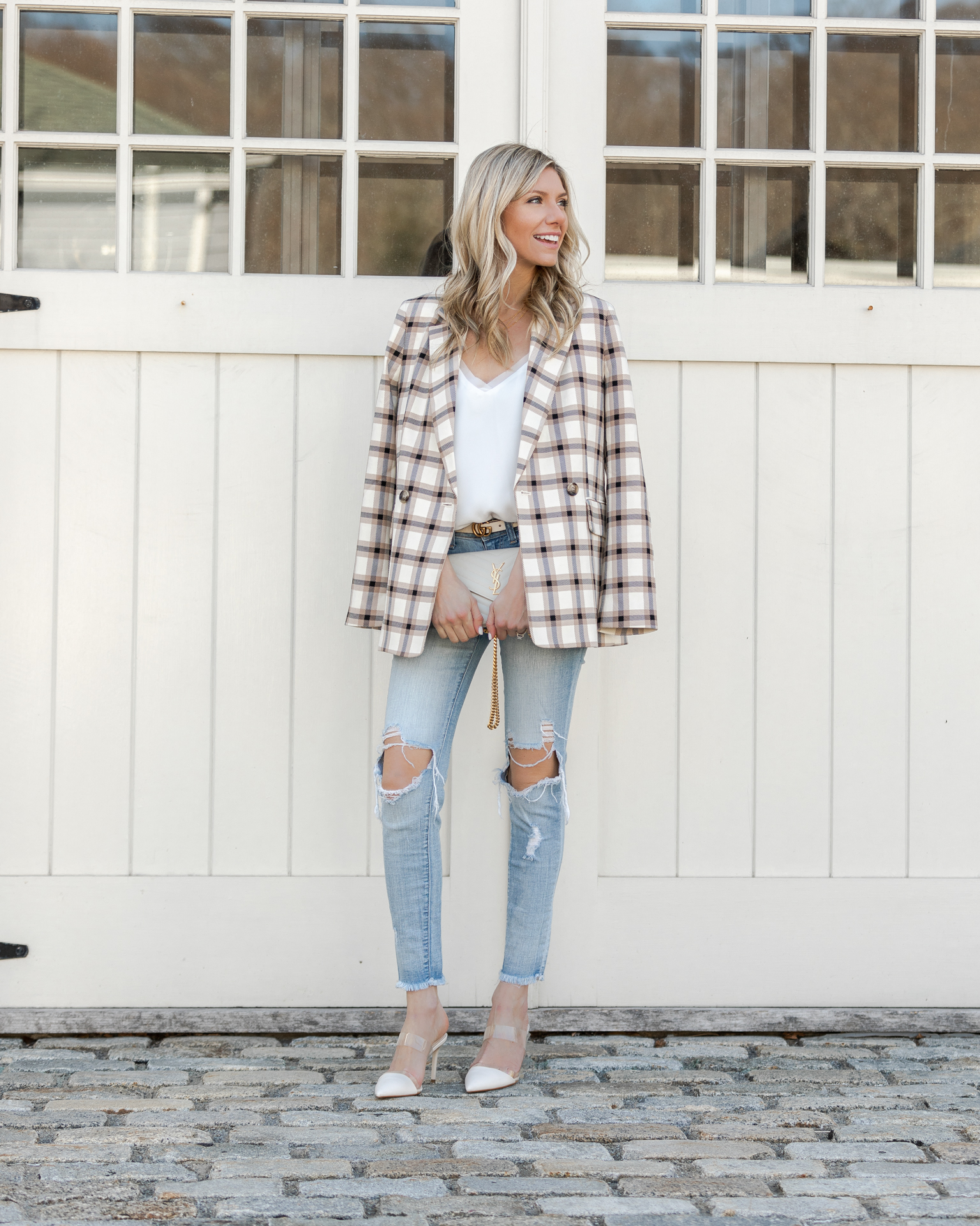 blazer-and-white-tank-both-under-$50-the-glamorous-gal