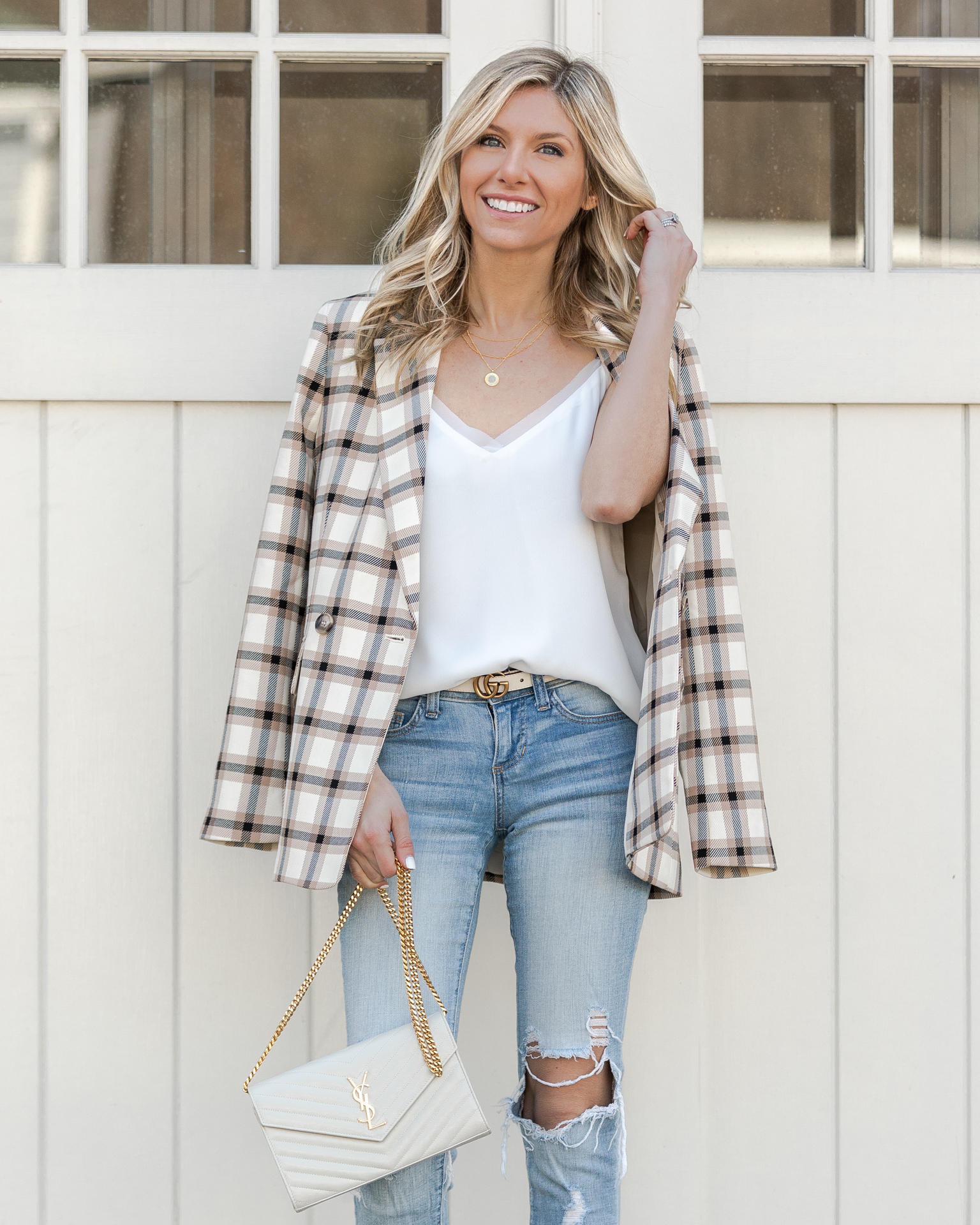 oversized-boyfriend-plaid-blazer-the-glamorous-gal