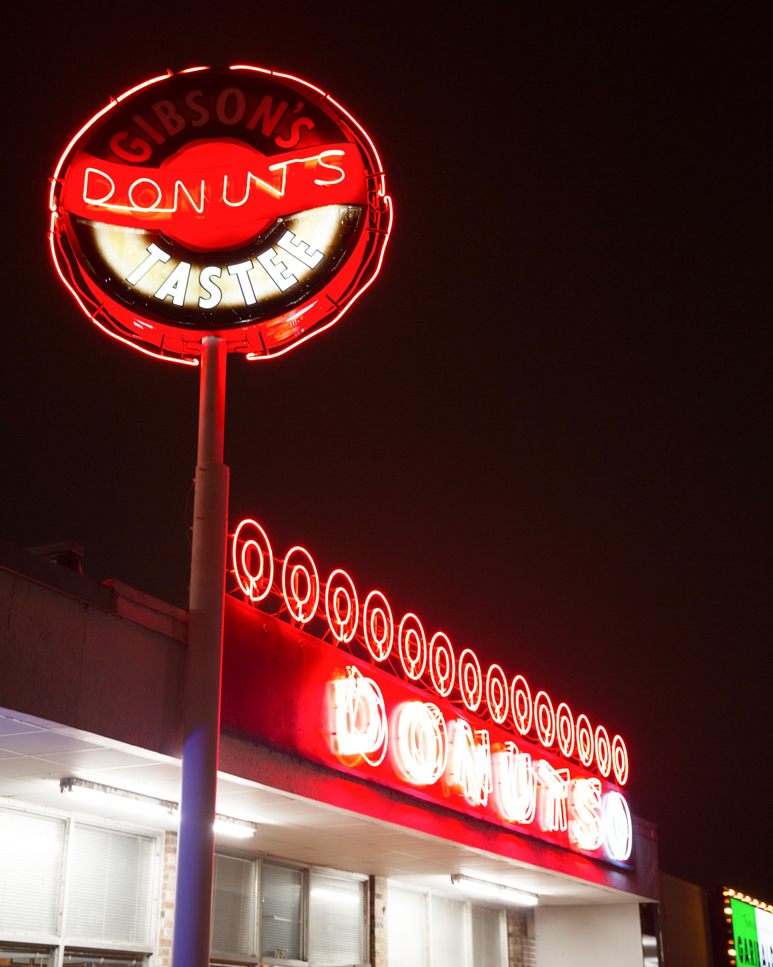 gibsons donuts in memphis