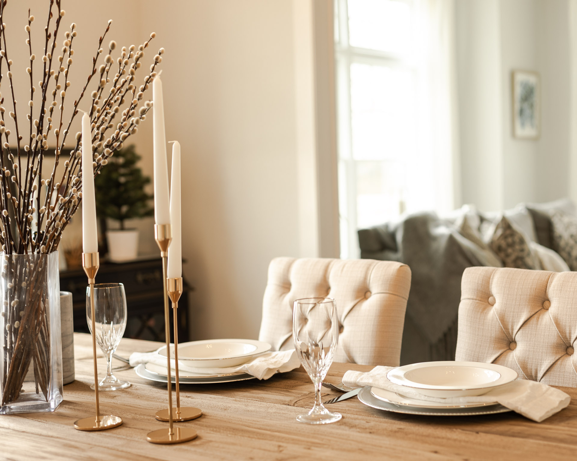 cozy-easter-tablescape-the-glamorous-gal