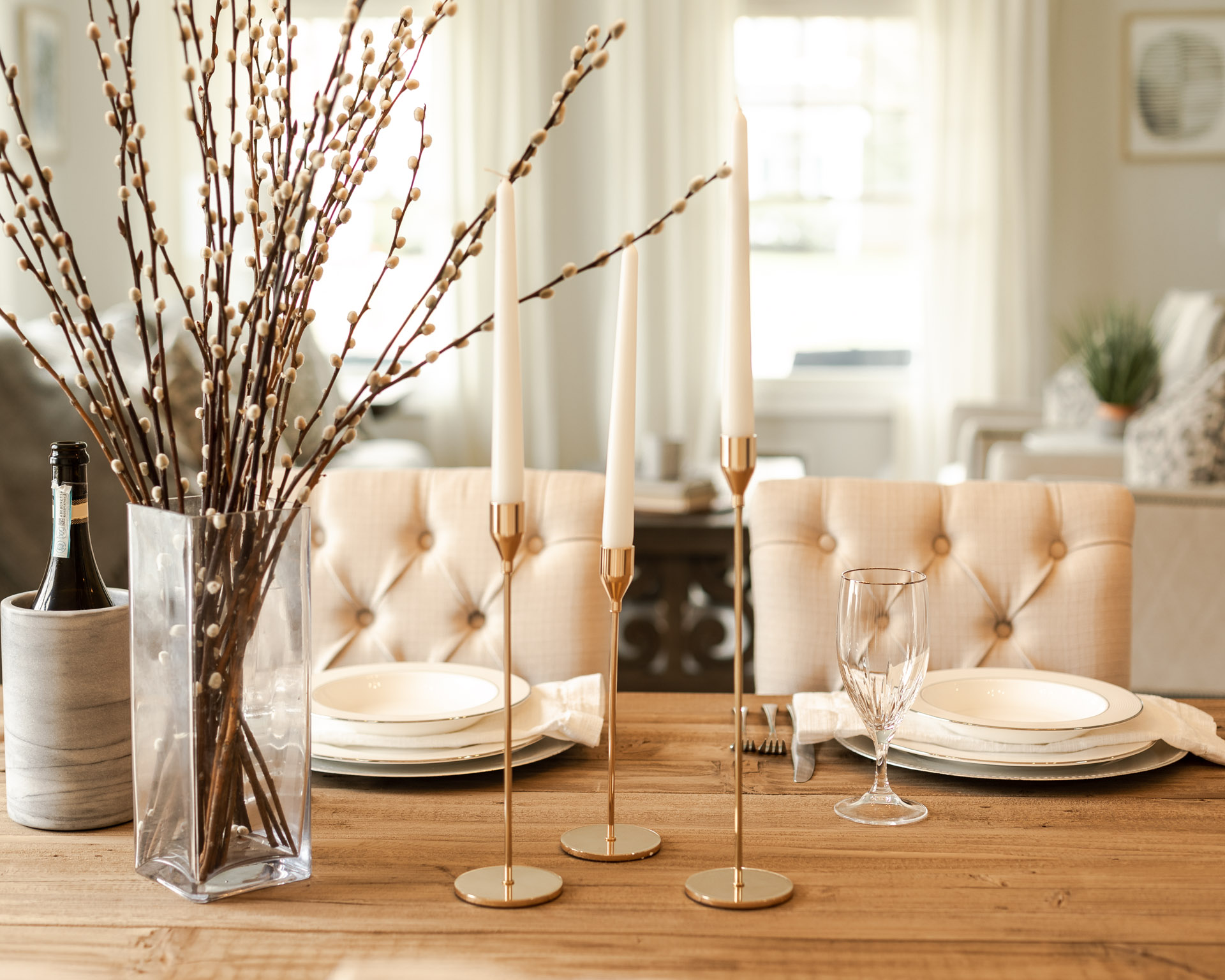 easter-tablescape-the-glamorous-gal