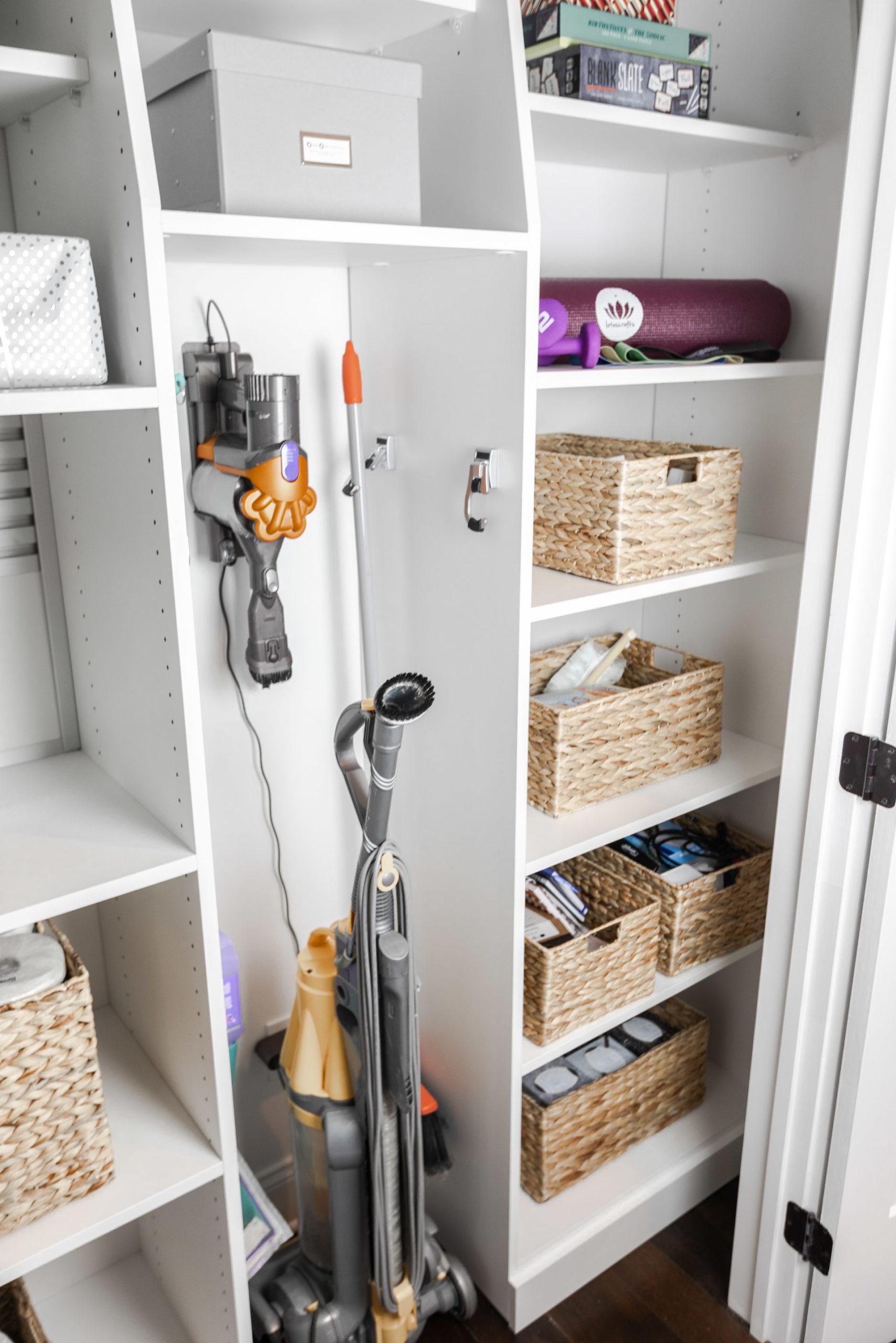pantry-closet-basket-organization-the-glamorous-gal