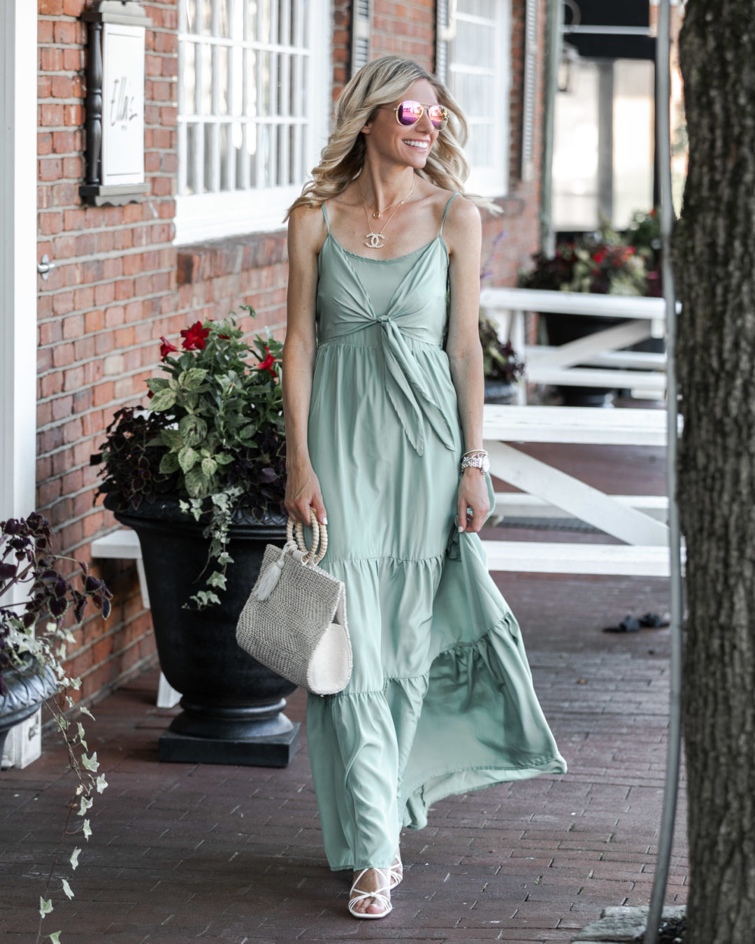 summer-outfit-inspiration-the-glamorous-gal